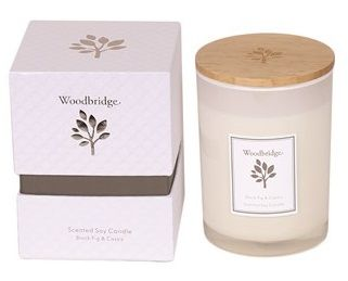Aromatize WOODBRIDGE Black Fig & Cassis Scented Soy Candle Medium